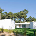 House in Aroeira by Aires Mateus & Associados