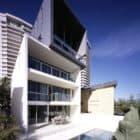 Main Beach House by BDA Architecture