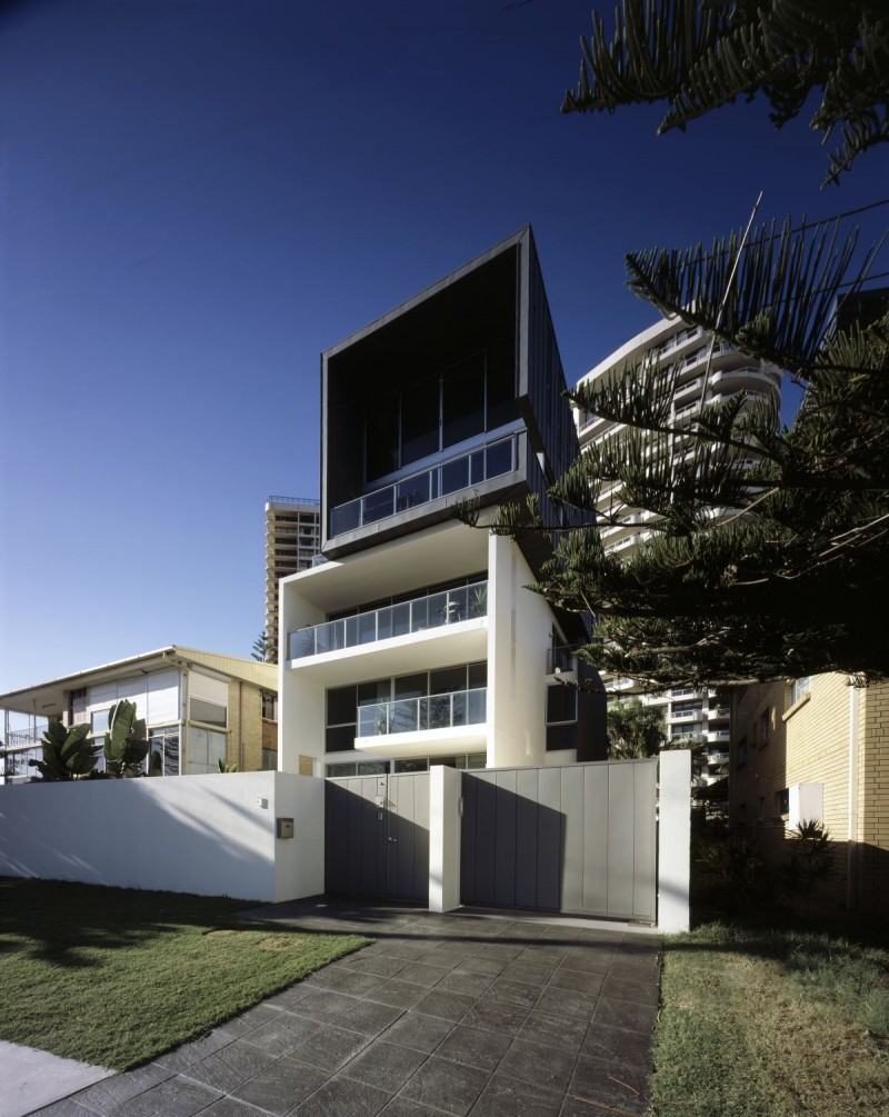 Main beach house by bda architecture for Beach house architecture design