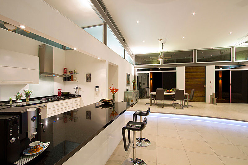 Casa mecano by robles arquitectos for Indoor air design san jose