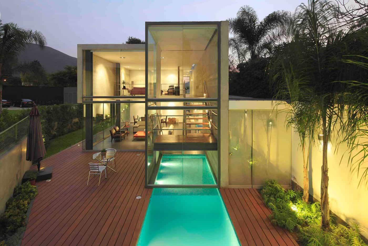 House in La Planicie by Doblado Arquitectos