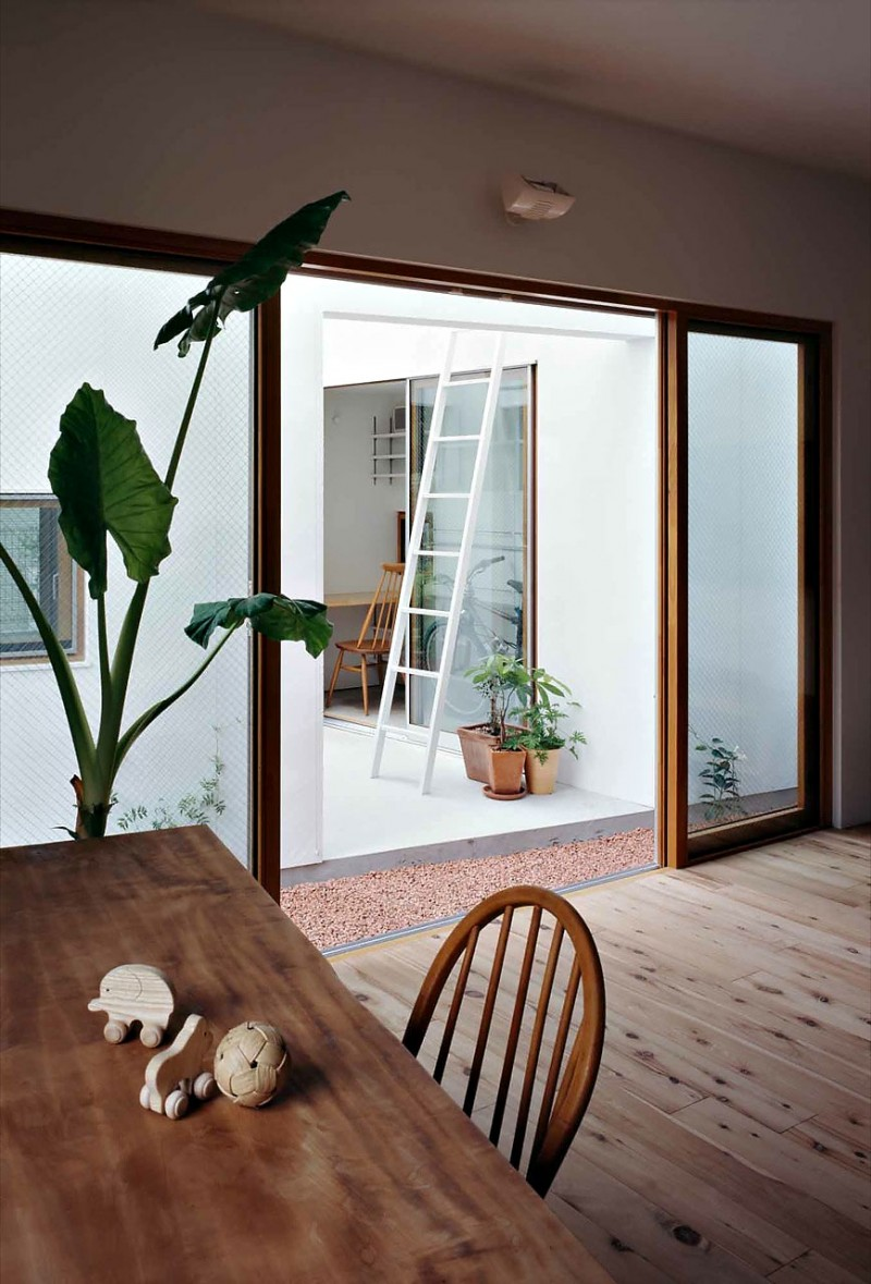 Inside House Drawing: Inside House & Outside House By Takeshi Hosaka Architects