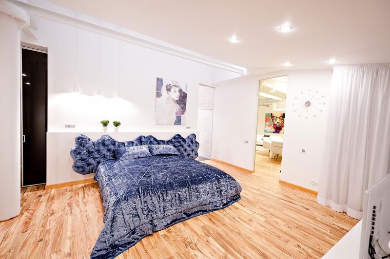 https://cdn.homedsgn.com/wp-content/uploads/2012/03/Loft-Apartment-15-800x532.jpg