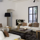 Apartment in the Gothic Quarter of Barcelona by YLAB Arquitectos