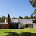 Casa Do Lago by Frederico Valsassina Architects (2)