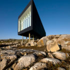 Fogo Island Long Studio by Saunders Architecture (4)