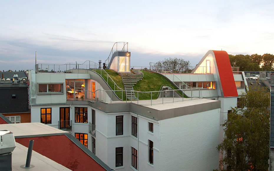 Hedonistic Rooftop Penthouses by JDS Architects