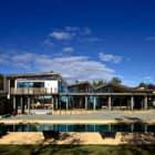 Mountain Range House by Irving Smith Jack Architects (1)