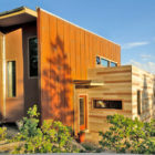 Shipping Container House by Studio H:T