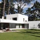 Villa La Hilaria by RDR Arquitectos (3)