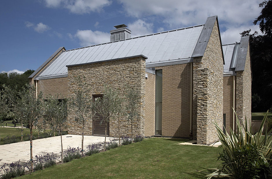 Wickstead Lodge by Baynes & Co