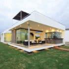 Casa V2 en Playa Gaviotas by Gomez de la Torre & Guerrero Arquitectos (3)