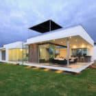 Casa V2 en Playa Gaviotas by Gomez de la Torre & Guerrero Arquitectos (5)