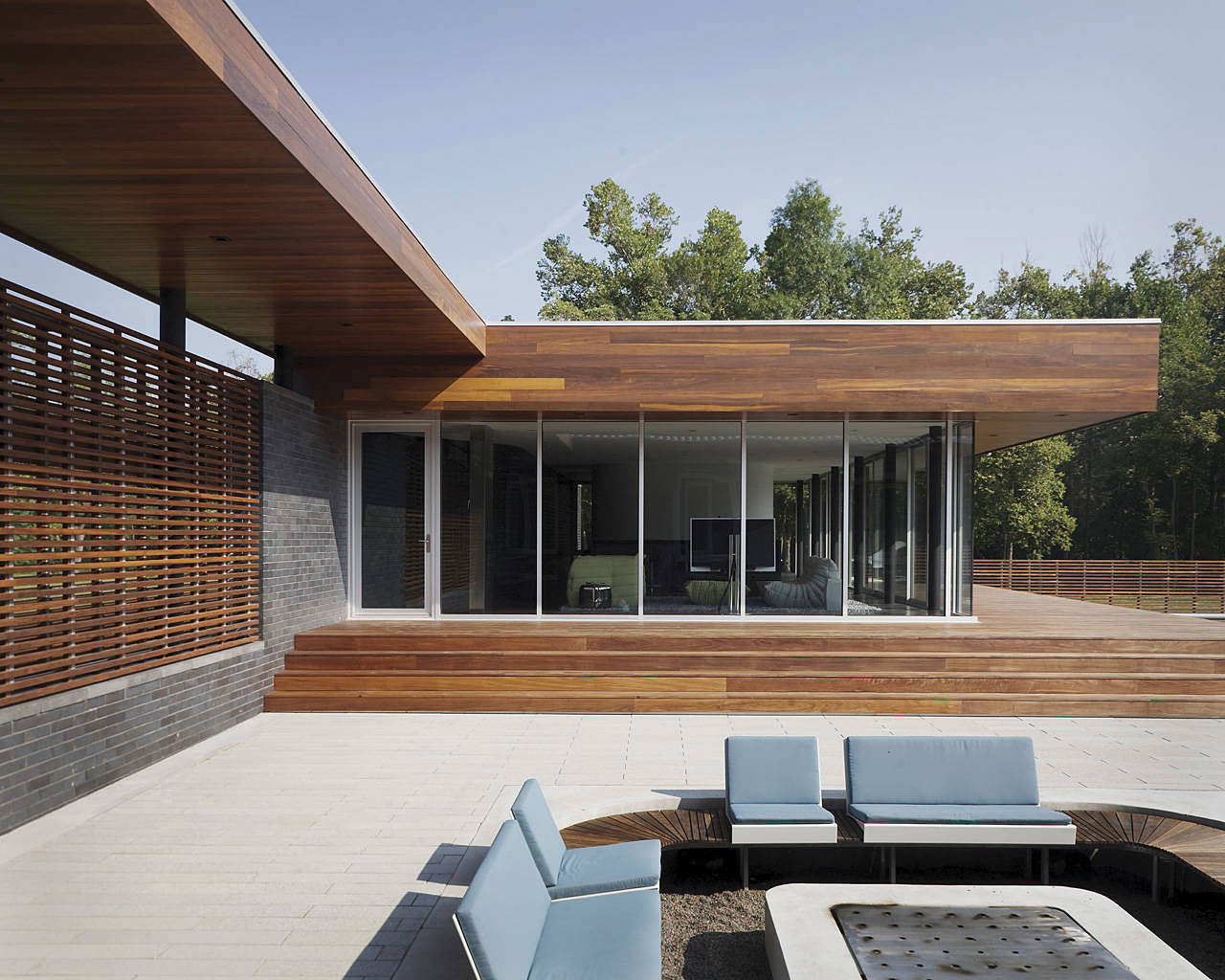 Curved House by Hufft Projects (12)