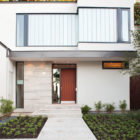 House on the Bluffs by Taylor Smyth Architects (1)
