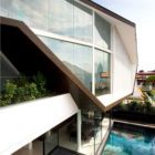 Origami House by Formwerkz Architects (1)