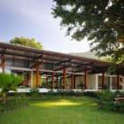 House in Preta Beach by Nitsche Arquitetos Associados (2)