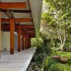 House in Preta Beach by Nitsche Arquitetos Associados (4)