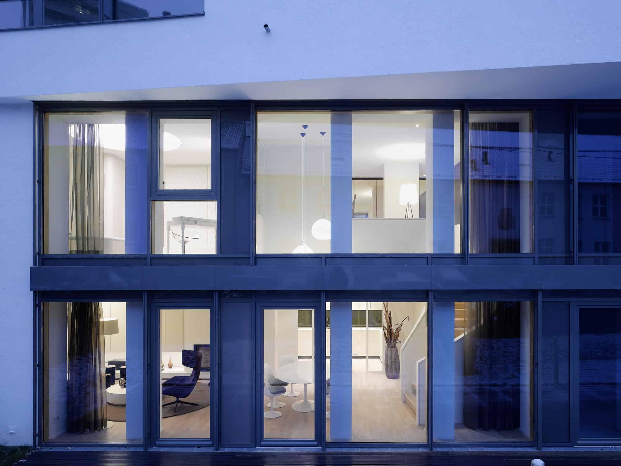 Quant 1 Apartment by Ippolito Fleitz Group (1)