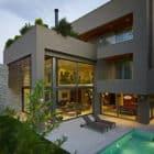Residence in Kifisia by N. Koukourakis & Associates (5)