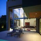 Residence in Kifisia by N. Koukourakis & Associates (2)
