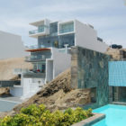 Alvarez Beach House by Longhi Architects (3)