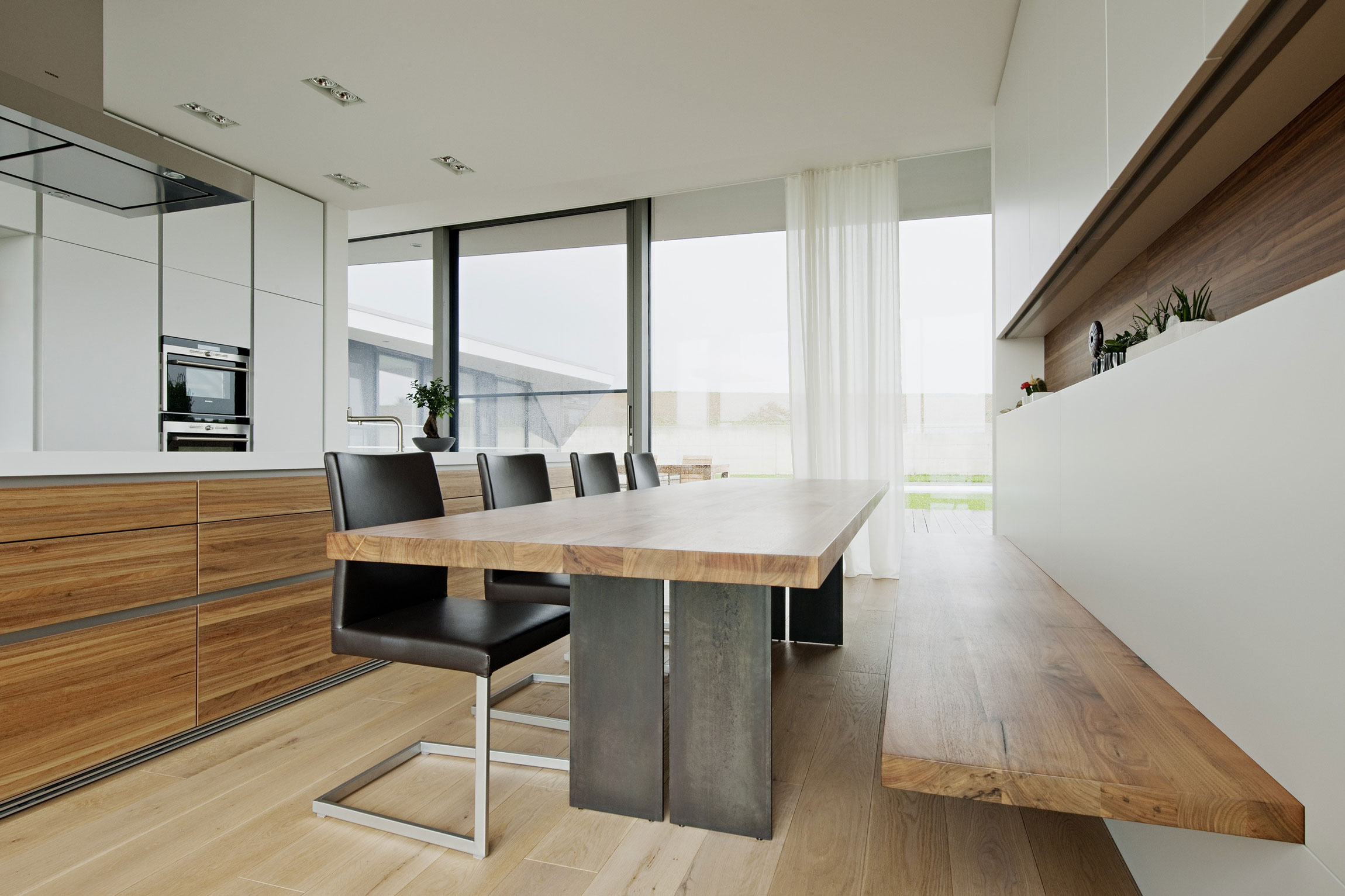 L House by Architects Collective (15)