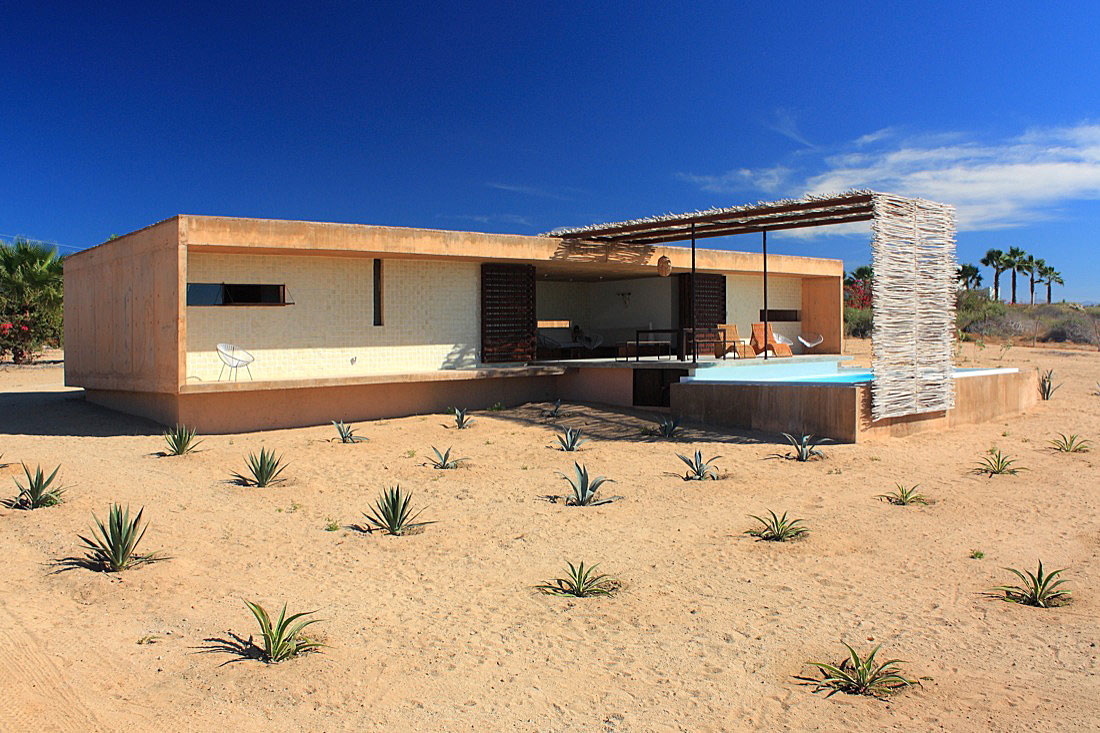 Todos Santos Houses by Gracia Studio