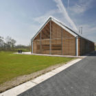 Barn House Eelde by Kwint Architects (2)