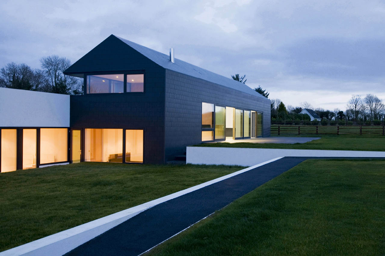 Summerhill house by boyd cody architects for Modern irish house architecture