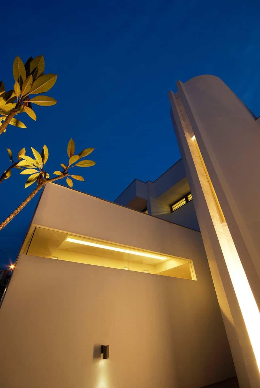 Hillside Bungalow Remodel by Interlink Design Solutions (25)