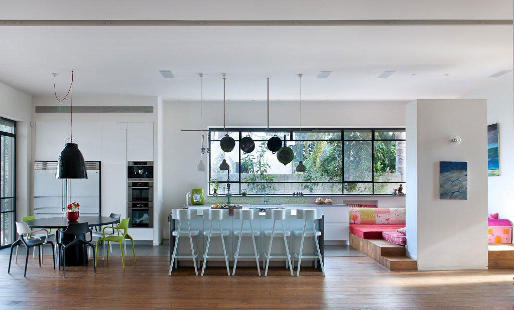 House E by Sharon Neuman Architects