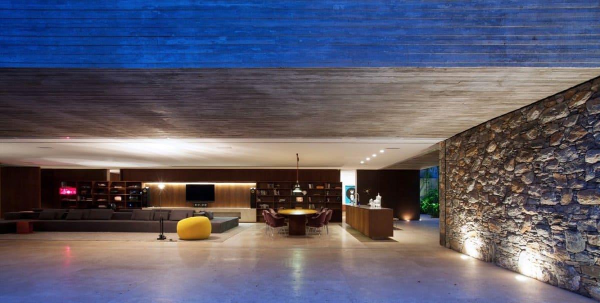 Ipês House by Studio MK27