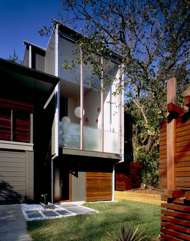 The lockyer residence by shaun lockyer architects with for Architecture firms brisbane