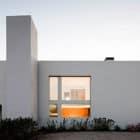 Paramos House by Atelier Nuno Lacerda Lopes (1)