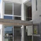 Siriki House by Munoz Arquitectos (1)