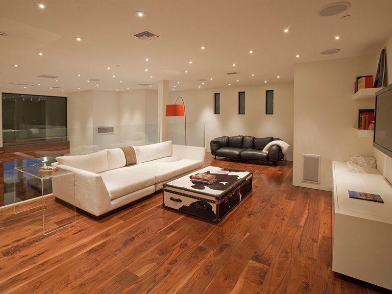 Open Plan Contemporary Home In Beverly Hills - An open plan brazilian house with splendid views