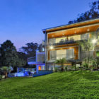 Luxury Contemporary Home on Brisbane River (3)