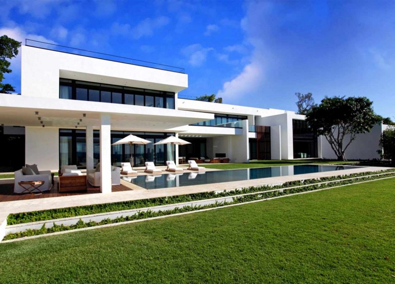 Stunning Waterfront Modern Masterpiece By Ralph Choeff In Miami Beach New Miami Home Design Exterior