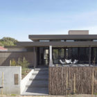 Bellarine Peninsula House by Inarc Architects (1)