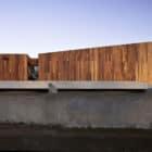 La Dehesa House by Elton Leniz Arquitectos Asociados (4)