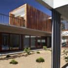 La Dehesa House by Elton Leniz Arquitectos Asociados (5)