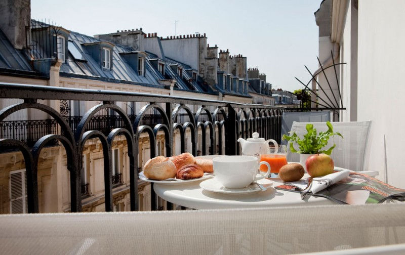 Paris Hotels With Balcony Image And Attic Aanneenhaag