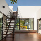 Mandai Courtyard House by Atelier M+A  (3)
