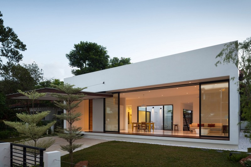 Mandai courtyard house by atelier m a