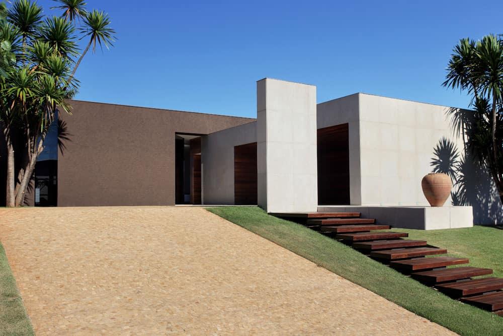 OM House by Studio Guilherme Torres (1)