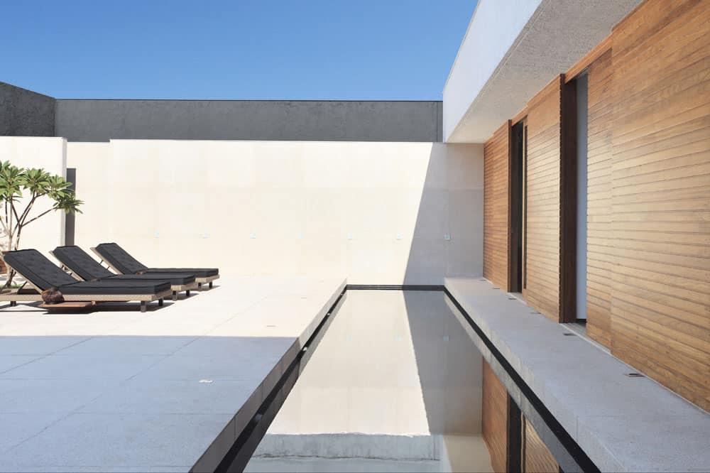 OM House by Studio Guilherme Torres (5)