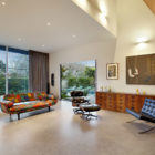 Spacious Renovated Victorian House in South Yarra (3)