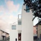 Two Family House K by Hiroyuki Shinozaki Architects (1)