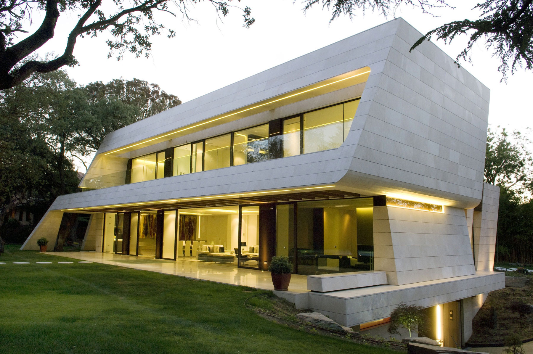 Vivienda en madrid by a cero for Cheap project homes